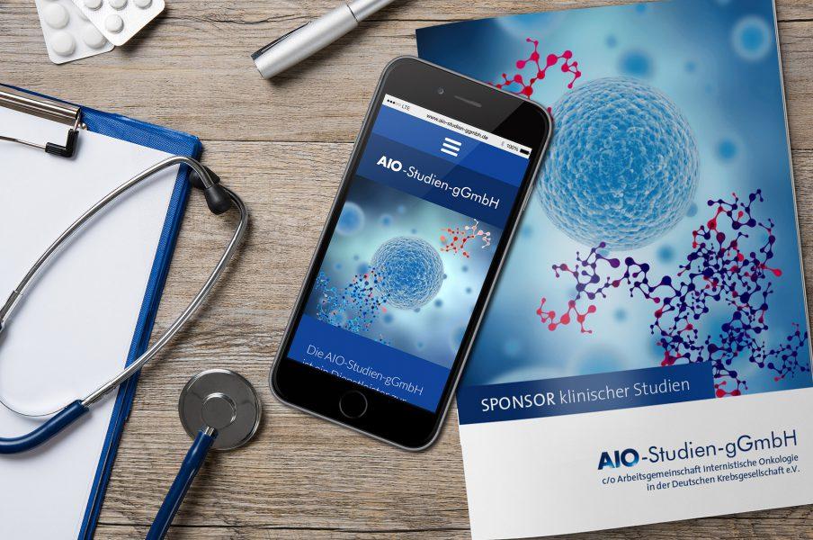 AIO - Website Smartphone und Flyer